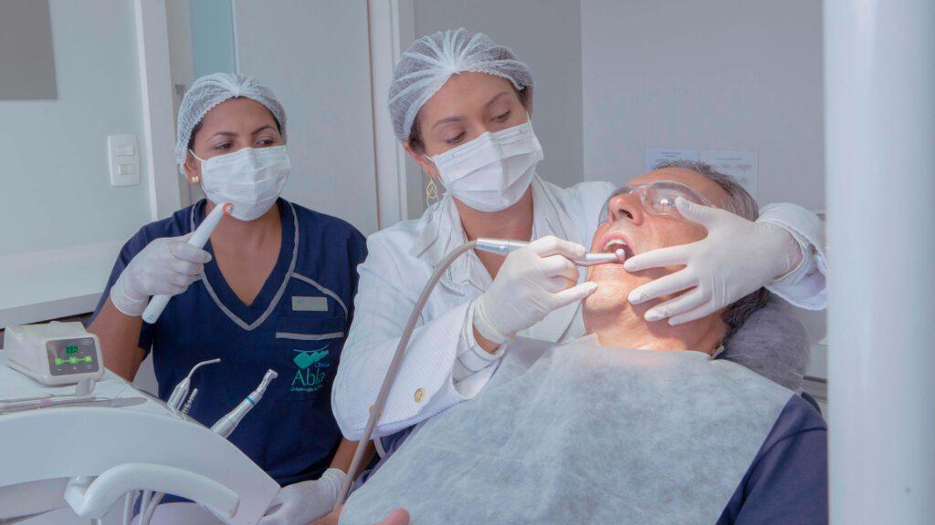 Tratamento-de-Canal-Rapido-e-sem-Dor-min-1024x576 Tratamento de Canal Rápido e sem Dor! Saúde Dental