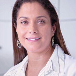 renanta-gargione-perfil-300x300 Dra. Renata Gargione Prado