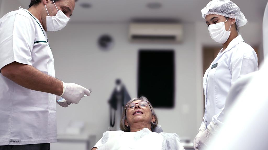 blog Primeira consulta desmistificada: tudo que você precisa saber sobre este contato inicial Saúde Dental